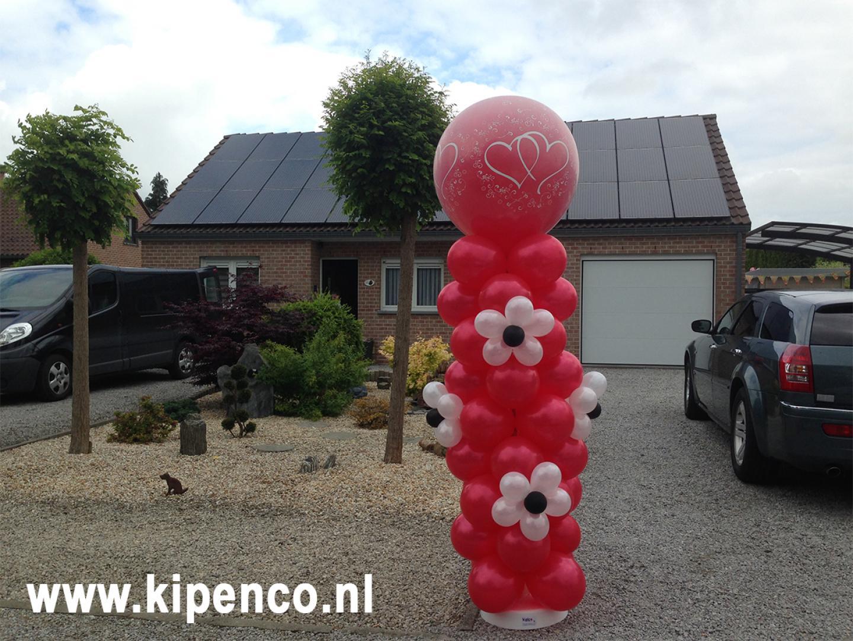 ballonnen bloemen pilaar