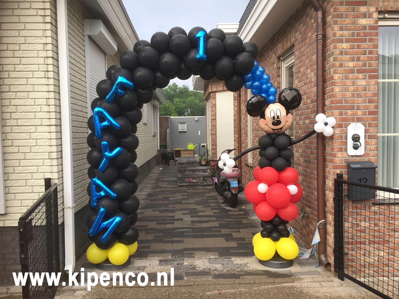 Mickey Mouse ballon boog pilaar
