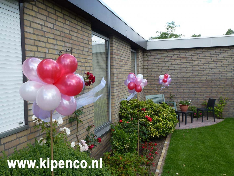 tuinversiering ballonnen