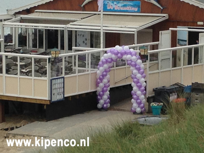 huwelijk strand ballonnen