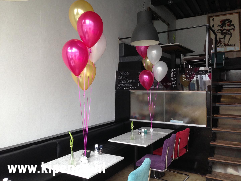 ballon tafel huwelijk fuchsia
