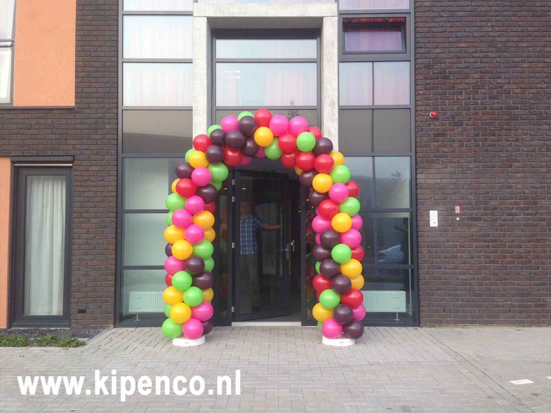 Ballonnenboog feest Gors ter Valcke confetti